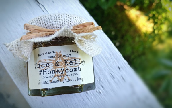 Wildflower Honey Favors